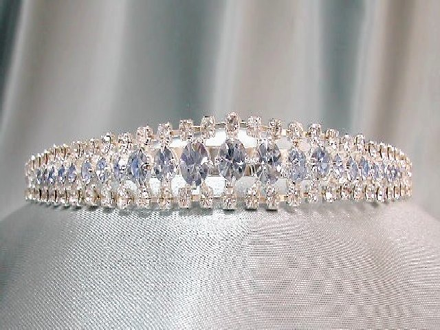 "0.5"" Baby Blue & Clear Diamante - Hairband Style."
