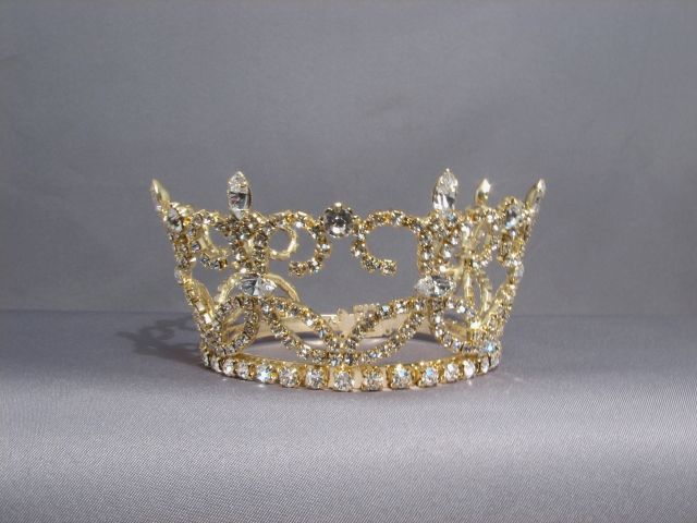 <font color=&quot;#3C007C&quot;>Tiaras and Crowns</font>